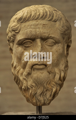 greek vs roman philosophy Many historians and religious scholars, some quoted in this publication, attest to the influence of greek or platonic philosophy in the development and acceptance of.