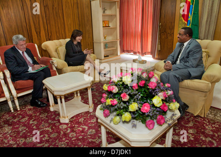 Dutch minister lilanne ploumen (development aid) and dutch ambassador in Ethiopia Mr.Hans Blankenberg, meet ethiopian - Stock Photo