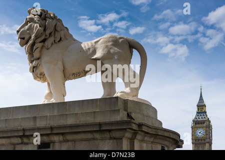 South Bank Lion, London - England - Stock Photo