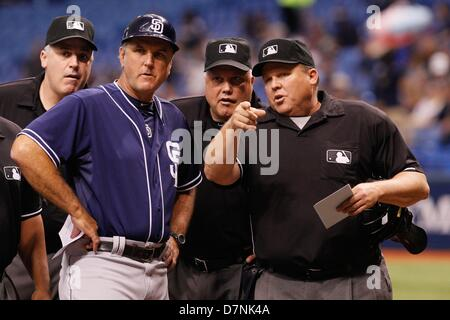 May 10, 2013 - St. Petersburg, Florida, U.S. - DANIEL WALLACE   |   Times.Second base umpire Bill Welke (52), left, - Stock Photo