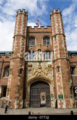 Cambridge University UK St Johns College Great Gate entrance HOMER SYKES - Stock Photo