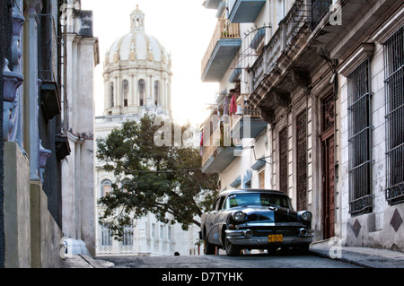 Black vintage American car parked on street, Havana Centro, Cuba, West Indies - Stock Photo