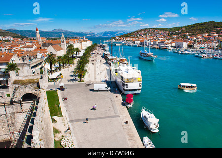 Trogir waterfront, Obala Bana Berislavica, Trogir, UNESCO World Heritage Site, Dalmatian Coast, Adriatic, Croatia - Stock Photo