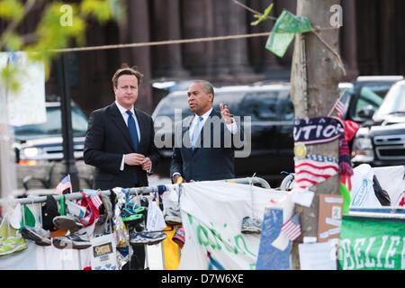 Boston, Massachusetts, USA. 14th May 2013. British Prime Minister David Cameron, left,  joins with Massachusetts - Stock Photo