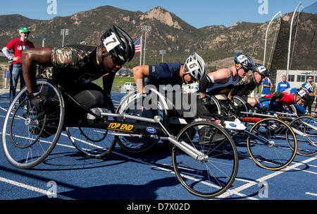 Colorado Springs, Colorado, USA. 14th May 2013. The Men's 100 Meters (Wheelchair) event is run during the 2013 Warrior - Stock Photo