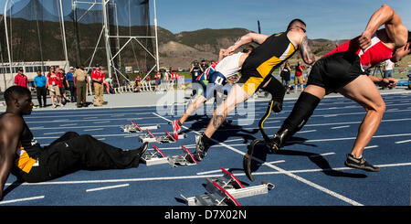 Colorado Springs, Colorado, USA. 14th May 2013. Runners compete in the 100 Meters (Below the Knee Single & Double) - Stock Photo