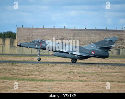 Dassault Super Etendard 55 Modernise 17 Flottille, Landivsiau CEPA Istres.   SCO 9093 - Stock Photo