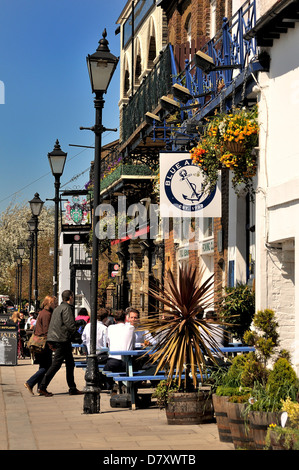 Riverside pubs at Hammersmith London - Stock Photo