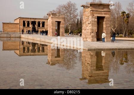 der ägyptische Tempel Templo de Debod in Madrid, Spanien, Europa | egyptian temple Templo de Debod in Madrid, Spain, - Stock Photo