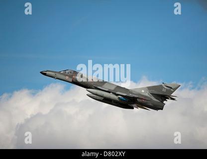Dassault Super Etendard Fighter Jets Modernise 17 Flottille, Landivsiau CEPA Istres.   SCO 9115 - Stock Photo