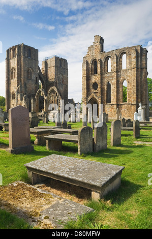 The ruins of Elgin Cathedral, Elgin, Moray, Scotland. - Stock Photo