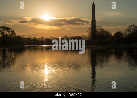 WASHINGTON DC, USA - Early morning sun over the lake at Constitution Gardens on the western end of the National - Stock Photo