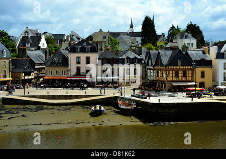 Harbour of Saint-Goustan, old trade and fishing port, located in edge of the river of Auray, close to the town of - Stock Photo
