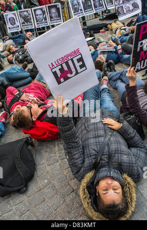Paris, France, Anti- Homophobia Demonstration, Rally,, Act Up-Paris, AIDS Activits, stage a 'Die-in' in memory of - Stock Photo