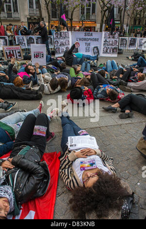 Paris, France, Anti- Homophobia Demonstration, Rally, Act Up Paris, AIDS Activists, stage a 'Die-in' in memory of - Stock Photo