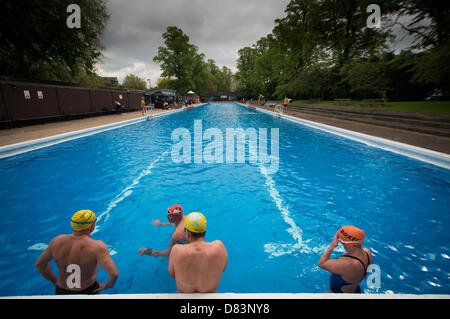 The season 39 s opening of the jesus green lido cambridge the outdoor stock photo 56632264 alamy for Jesus green swimming pool cambridge