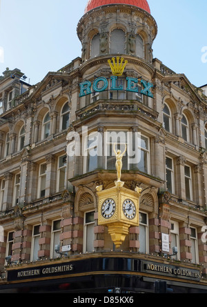 Northern Goldsmiths Jewellers, first stockists of the Rolex watch in the UK. - Stock Photo