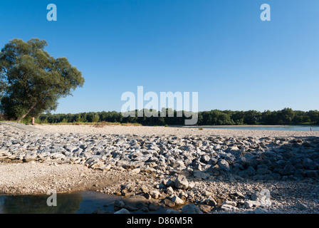Stony beach at Danube river bank, 20km downstream from Vienna - Stock Photo