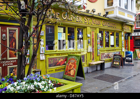 Pub in the fashionable Temple  Bar area of Dublin city. Republic of Ireland - Stock Photo