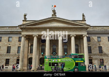 Dublin city tour bus in front of the general post office, O'Connell Street, Dublin, Republic of Ireland - Stock Photo