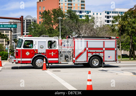 American Fire Tender Rescue Vehicle Usa Us America Stock