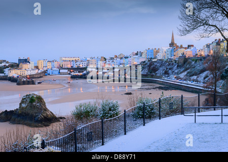 Winter snow at Tenby Harbour Tenby Pembrokeshire Wales at twilight - Stock Photo