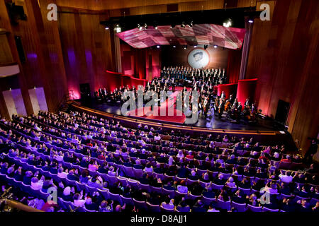 Leipzig, Germany. 21st May 2013. The MDR symphony orchestra performs during the European Cultural Awards ceremony - Stock Photo