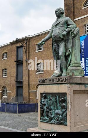 Robert Milligan statue by Richard Westmacott, West India Quay, Canary Wharf, London, England, United Kingdom. - Stock Photo