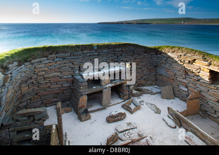 Megalithic Temples of the Orkneys and Shetlands, Scotland  Skara-brae-a-stone-built-neolithic-settlement-orkney-islands-scotaldn-d8br0j