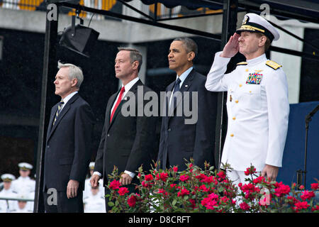 US President Barack Obama, Maryland Gov. Martin O' Malley, Secretary of the Navy Ray Mabus (left) and Superintendent - Stock Photo