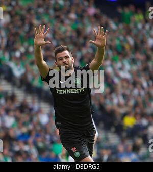 Glasgow, Scotland. 26th May, 2013.       Celtic's Joe Ledley celebrates scoring during the William Hill Scottish - Stock Photo