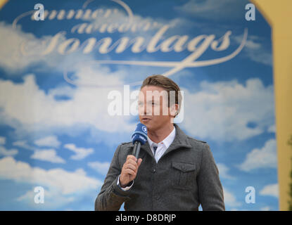 Presentor Stefan Mross hosts the ARD music show 'Immer wieder sonntags' at Europapark in Rust, Germany, 26 May 2013. - Stock Photo
