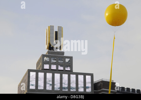 yellow balloon - Stock Photo
