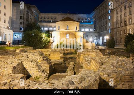 Europe, Bulgaria, Sofia, mineral baths and archaeological ruins - Stock Photo