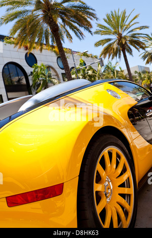 Luxury car parked on Rodeo Drive, Beverly Hills, Los Angeles, California, USA, United States of America - Stock Photo