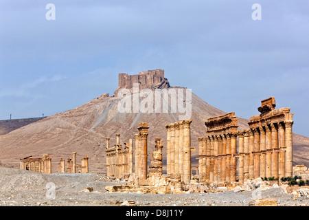 Ancient Roman time town in Palmyra (Tadmor), Syria. Greco-Roman & Persian Period. Fortress Qala'at Ibn Maan - Stock Photo