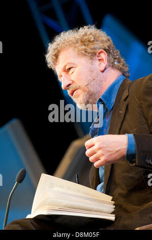 Hay-on-Wye, UK. 31st May 2013. Sebastian Faulks talks with Gaby Wood and describes  how he came to style his new - Stock Photo