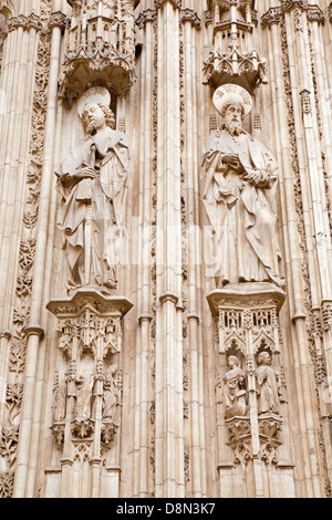 TOLEDO - MARCH 8: Apostle Paul and Jacob from south gothic portal of Cathedral Primada Santa Maria de Toledo - Stock Photo