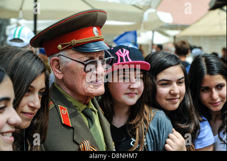 World War II Soviet veterans at celebration of 9th may, victory day in Jerusalem, Israel, 9th may, 2013 - Stock Photo