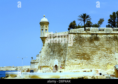 A watchtower looking seaward on Fort St. Angelo, in the Grand Habour at Birgu, Malta. - Stock Photo
