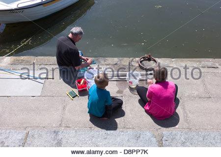 Crab fishing, Aberaeron Harbour, Ceredigion, Wales, UK - Stock Photo