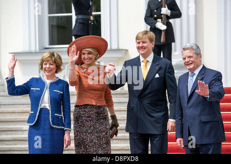 Berlin, Germany. June 3rd 2013. Welcome Their Majesties King Willem-Alexander and Queen Maxima of the Netherlands - Stock Photo
