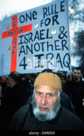 Stop the War in Iraq demo, London, UK. 2003. - Stock Photo