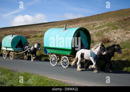 Kirkby Stephen, UK.   5th June, 2013. Members of the travelling community en-route to the Appleby Horse Fair in - Stock Photo