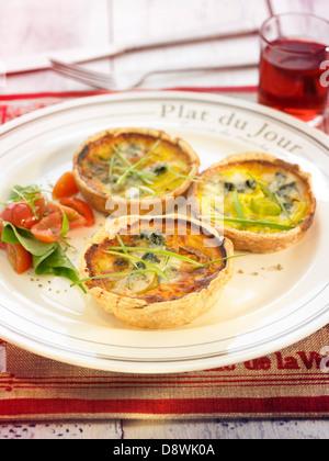 Roquefort-leek mini quiches