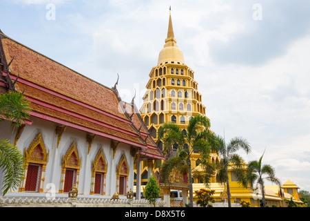wat khuninthapramul at angthong in thailand. - Stock Photo