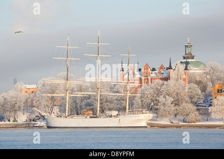 Harbour covered with frost in winter - Stock Photo
