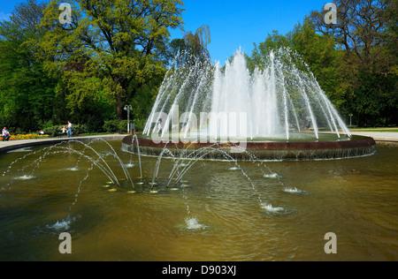 Springbrunnen im Kurpark von Bad Oeynhausen, Wiehengebirge, Nordrhein-Westfalen - Stock Photo