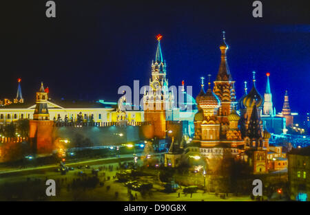 May 1, 1987 - Moscow, RU - Colorfully iIlluminated at night in honor of May Day, this panoramic view shows the most - Stock Photo