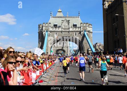 London marathon showing Tower Bridge, London, Britain, UK - Stock Photo